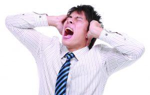 El tinnitus causa dolor y malestar